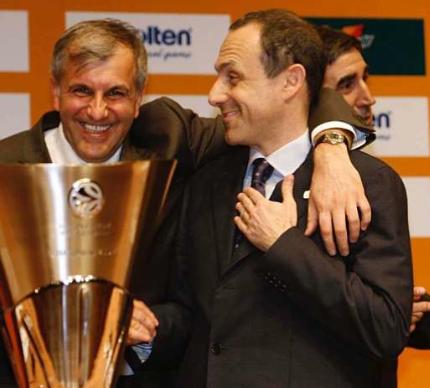 Οι 2 κορυφαίοι προπονητές της Ευρωλίγκα κι από πίσω το λαμόγιο...